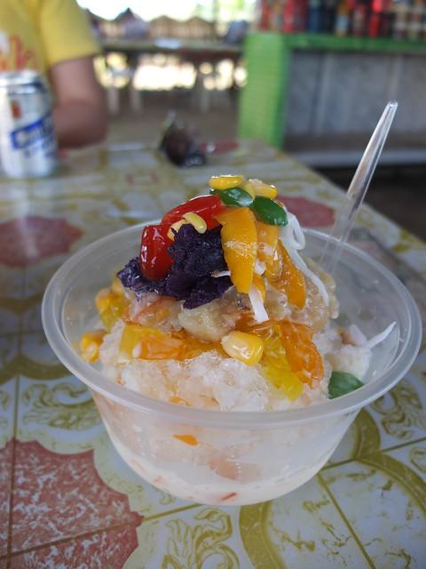 菲律賓著名的甜點HALO-HALO