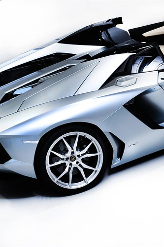 2014 Lamborghini Aventador LP 700-4 Roadster Pictures . pictures af the all new 2015 lamborghini aventador roadster