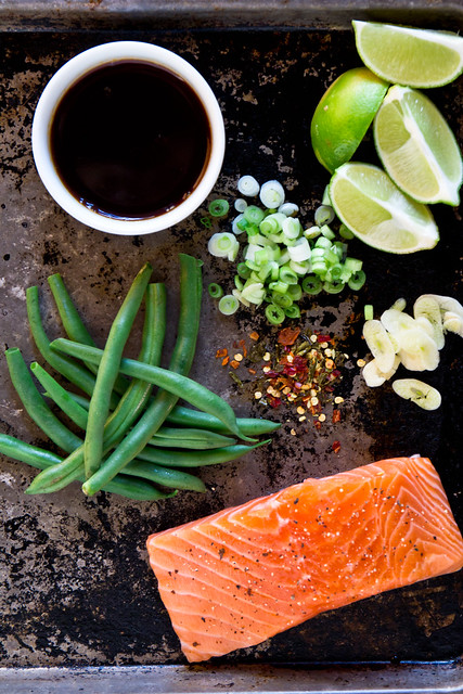 Foil Packet Salmon with Green Beans