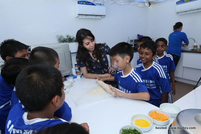 Samsung-Chelsea Advocate Healthy Living