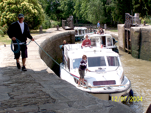 Canal Travel in France