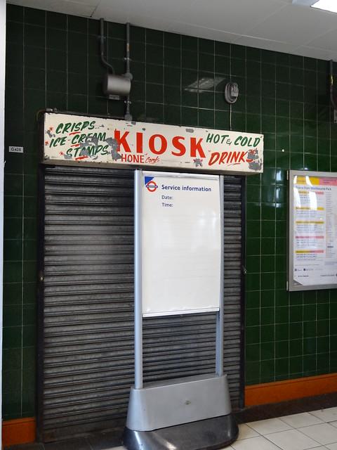 Kiosk Westbourne Park Station