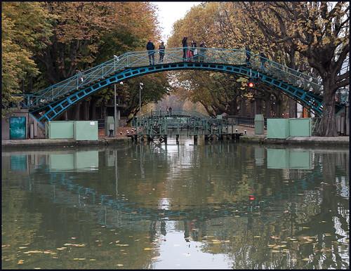 Canal St Martin (2) by hans van egdom