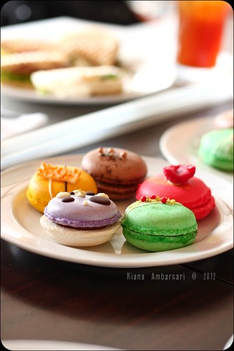 French Macaroons for Lunch?