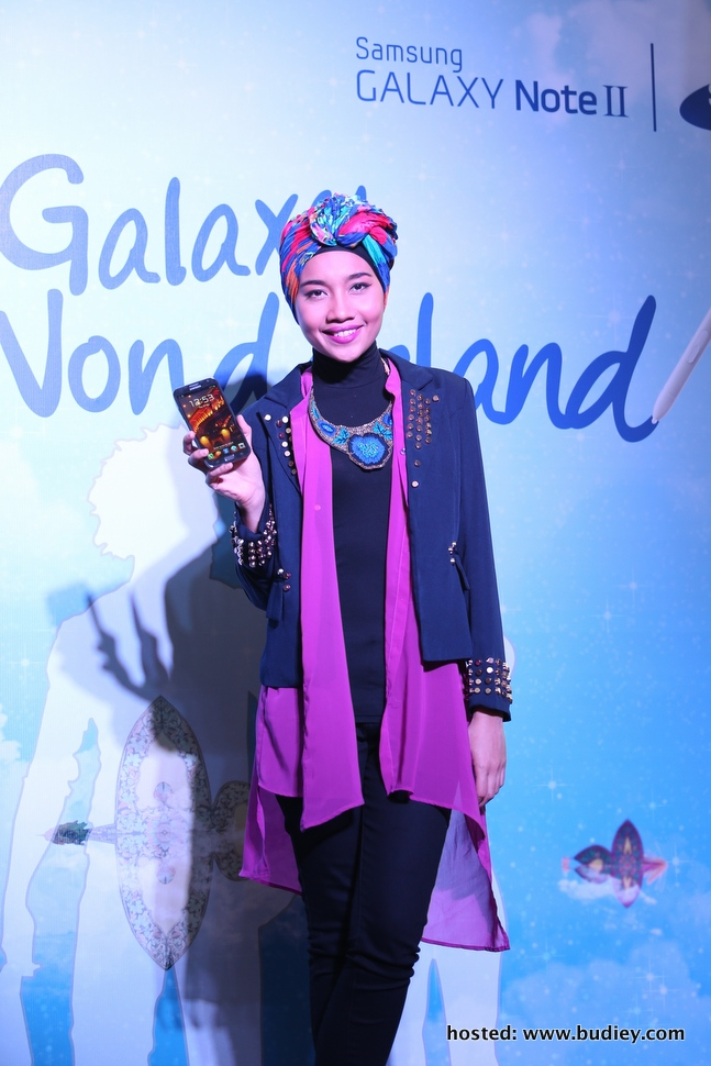 Samsung GALAXY Wonderland Picture 4