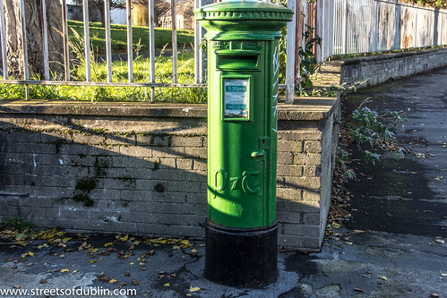 Rathdown Road (Dublin) - Letter Box by infomatique