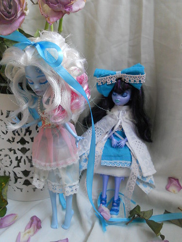Aisu and Reika lady