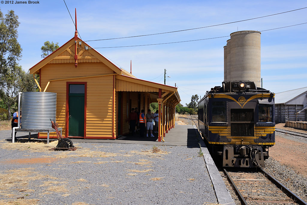 58RM at Wycheproof with 8194 by James Brook