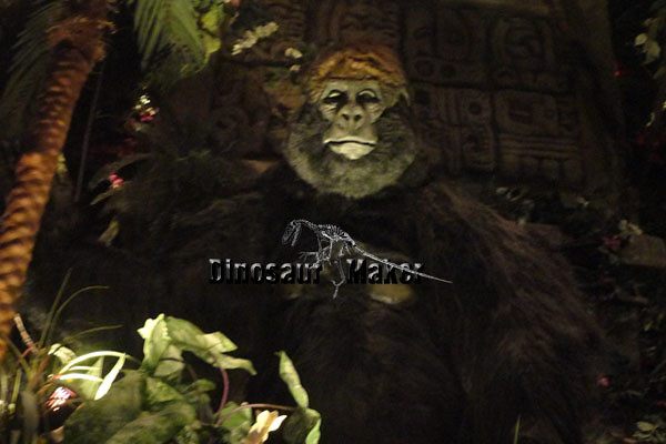 Animatronic Animal King Kong at the Rainforest Cafe