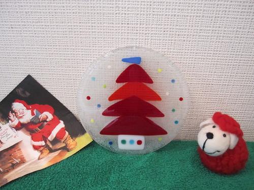 赤いツリーの飾り皿  2012.12.4 by Poran111