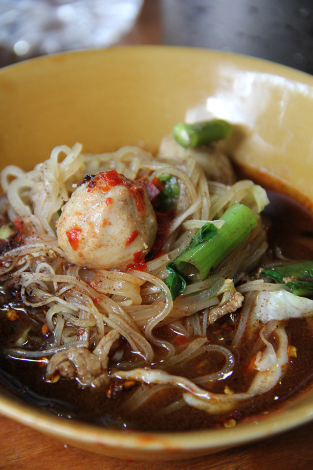 Delicious Thai Boat Noodles!