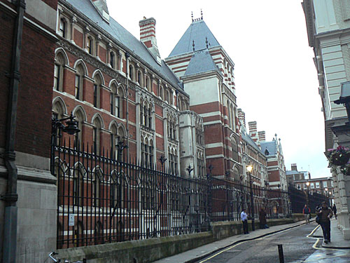 middle temple lane 2.jpg