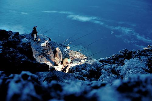 ocean travel blue winter sea portugal water rock night coast twilight fisherman nikon rocks europe waves fishermen dusk lisboa lisbon atlantic lissabon portuguese cascais bocadoinferno d90