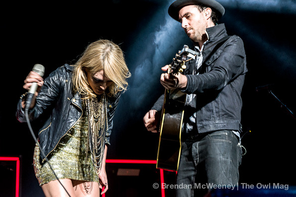 Metric @ Oracle Arena, Oakland 12/7/12