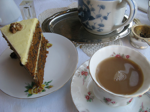 Tea at Bea's Vintage Tearooms, Bath