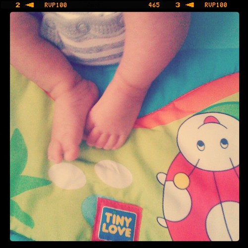 tiny love <3