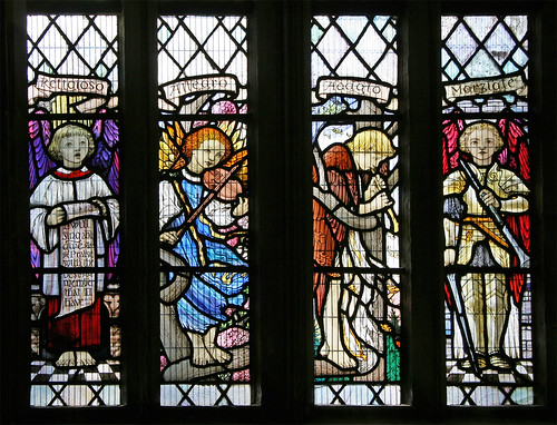 Musical angels, Gloucester Cathedral