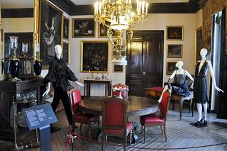 http://hojeconhecemos.blogspot.com.es/2012/11/see-exposicao-la-moda-es-sueno-madrid.html