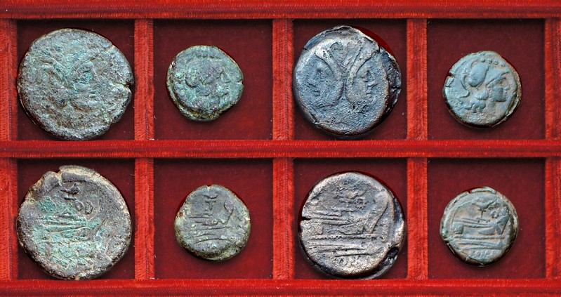 RRC 141A wren bird and TOD bronzes, RRC 141B eagle and wreath bronzes, Ahala collection, coins of the Roman Republic