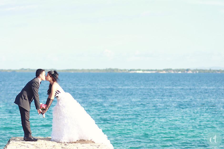 Crimson Hotel Engagement Pictorial, Cebu Wedding Photographer