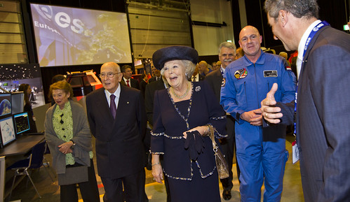 Visit of HM Queen Beatrix of the Netherlands and Italian President Giorgio Napolitano to ESTEC on 24 October 2012