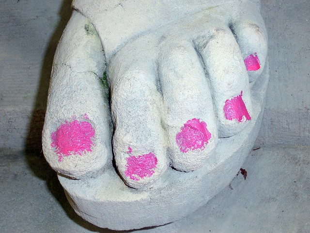 painted toe nails