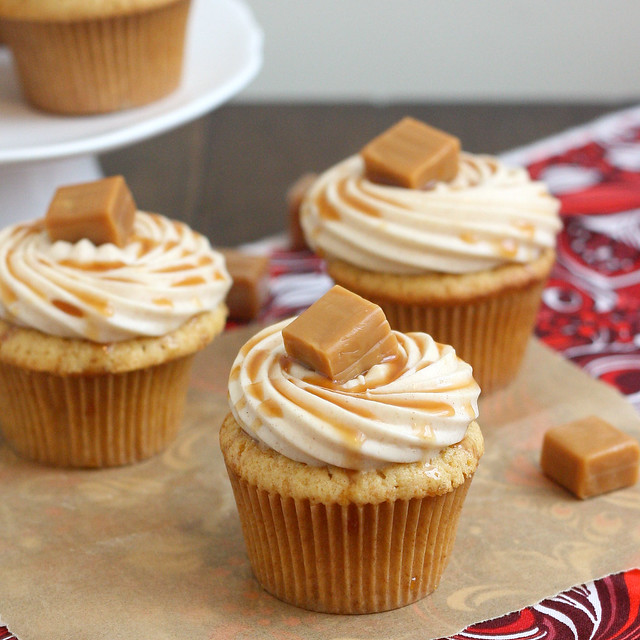 Spiced Apple Cupcakes with Cinnamon Cream Cheese Frosting | Flickr ...
