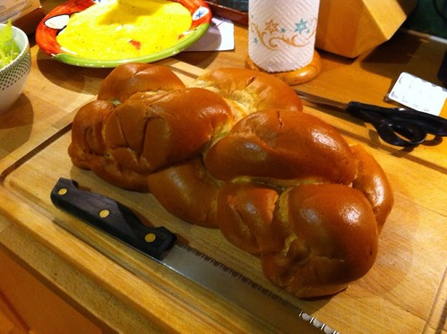 Chollah bread