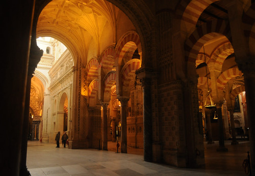 Mezquita - prayer hall opens into cathedral