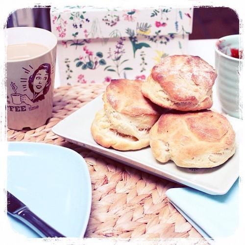 Hoy para desayunar... Scones recién hechos!