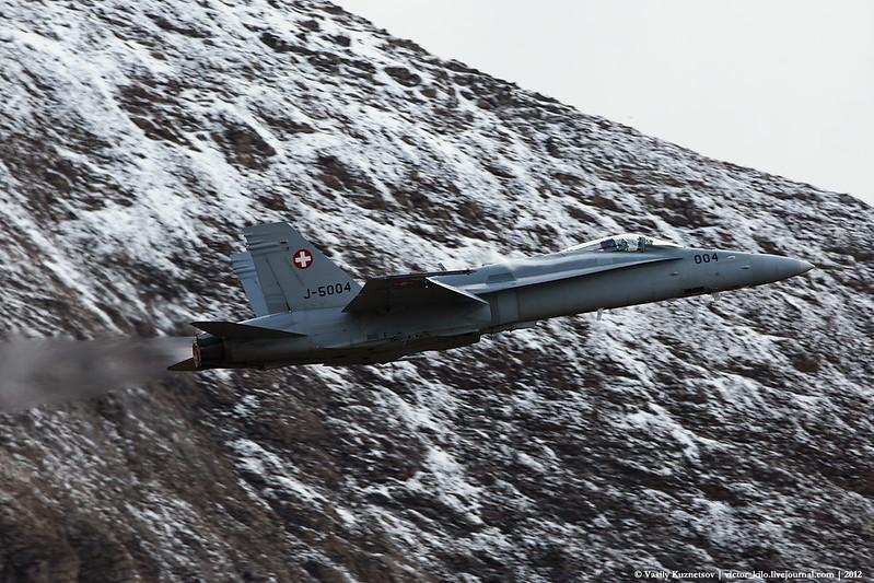 Swiss AF McDonnell Douglas F/A-18C at AXALP