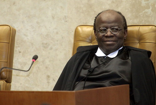 Novo presidente defende Justiça mais rápida e igual para todos