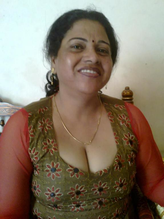 Sexy indian women with big boobs-5077