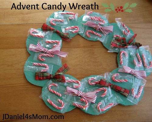 Advent Candy Wreath (Photo from JDaniel4's Mom)