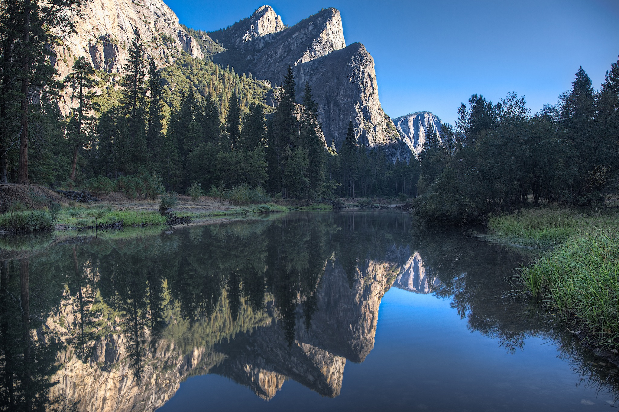 Three Brothers - Merced River - Yosemite - 2010