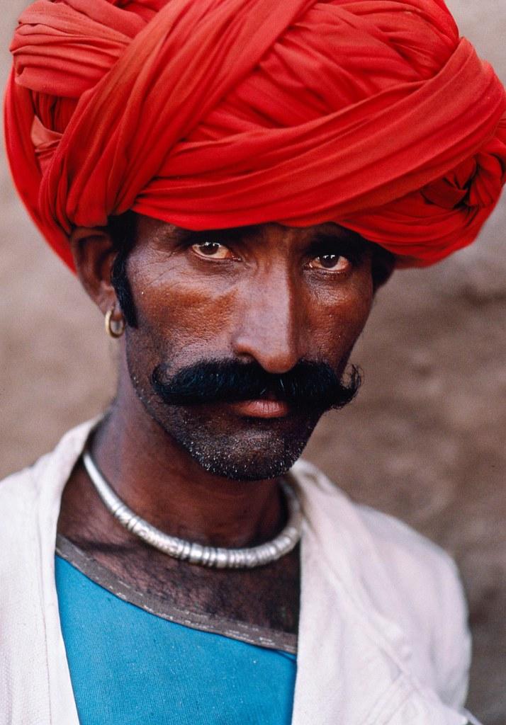 INDIA-10296