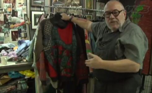 koos-van-den-akker-cosby-sweater