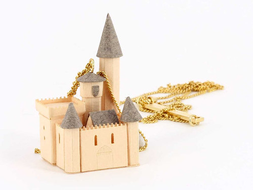 castle-necklace