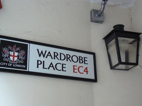 wardrobe place.jpg