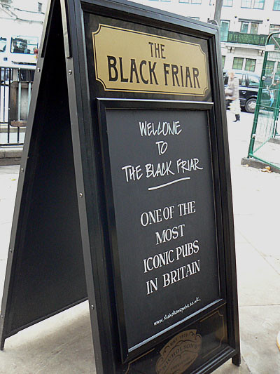 pub the Black Friar.jpg