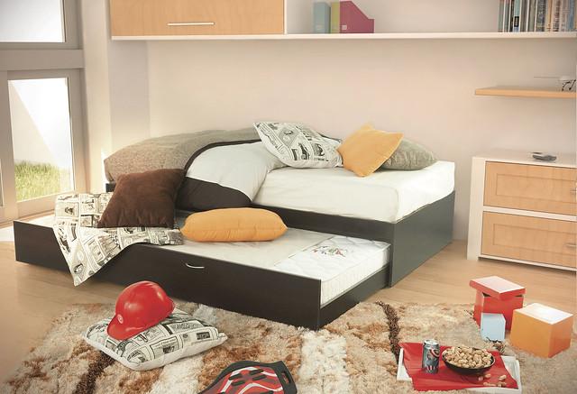 Cama doble ind chocolate placencia muebles flickr Mueblerias en queretaro