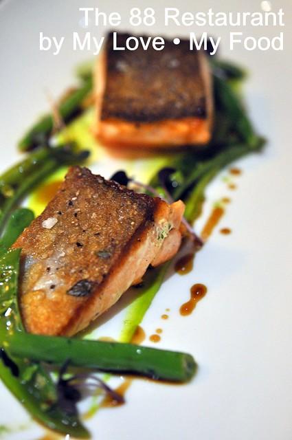 2012_09_28 88 Restaurant 043a