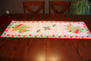 Modern Christmas tablerunner  2012 - received