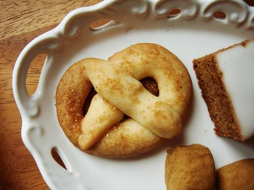 Not-Spritz Cookie Pretzel