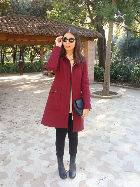 burgundy coat-poziomka (1)
