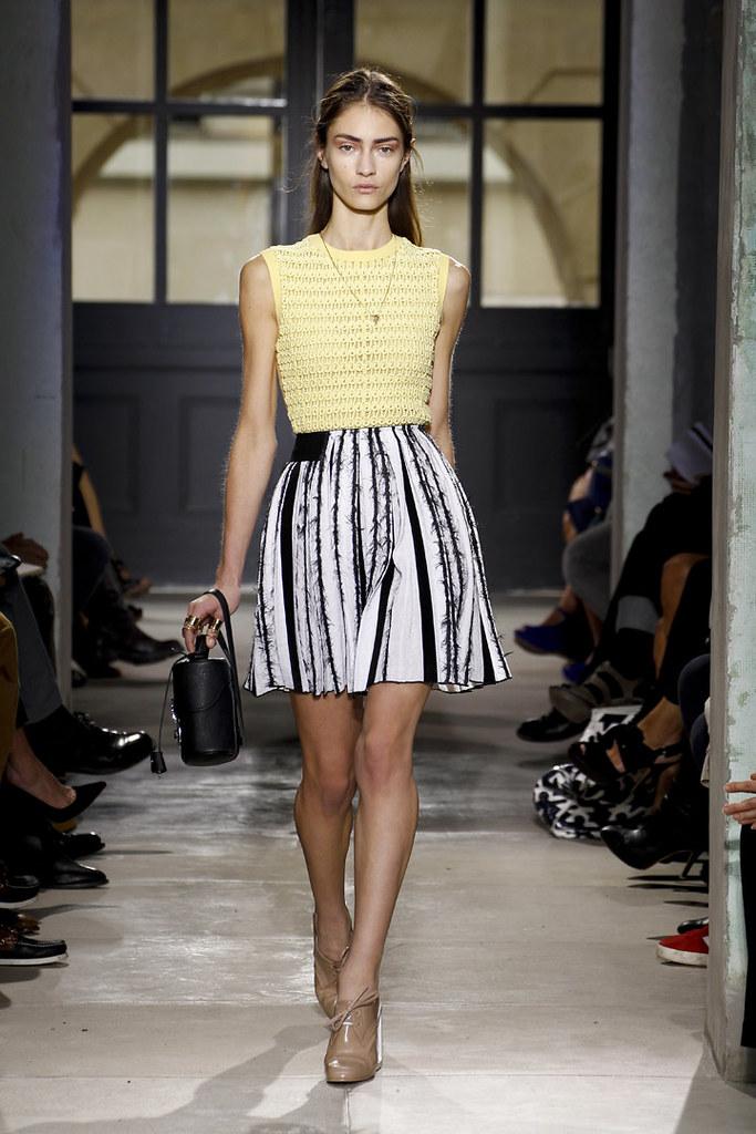 balenciaga-ss13-womenswear-33