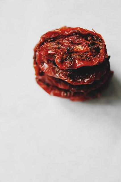 040 Slow Roasted Tomatoes