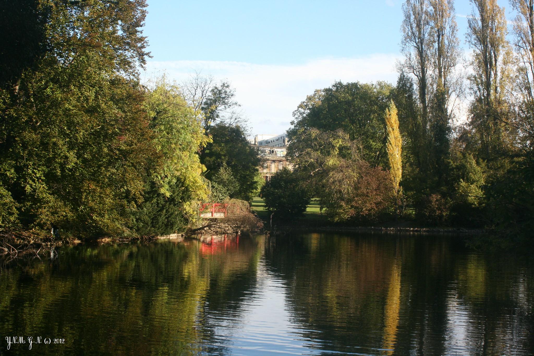 Parc edmond de rothschild ch teau en ruine tang jardin japonais rocailles grottes - Jardin d eveil boulogne billancourt ...