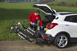 Opel Mokka mit FlexFix-Fahrradträger