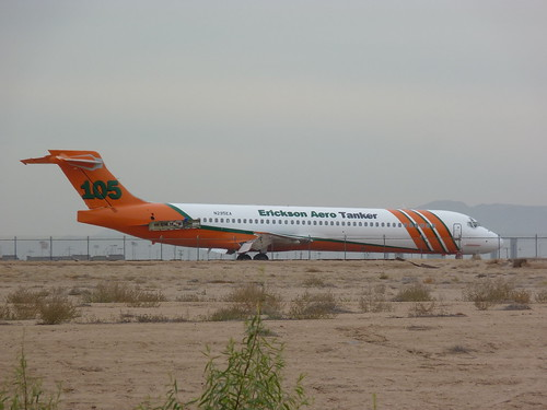 MD-87 N295EA at Goodyear - 15 November 2012